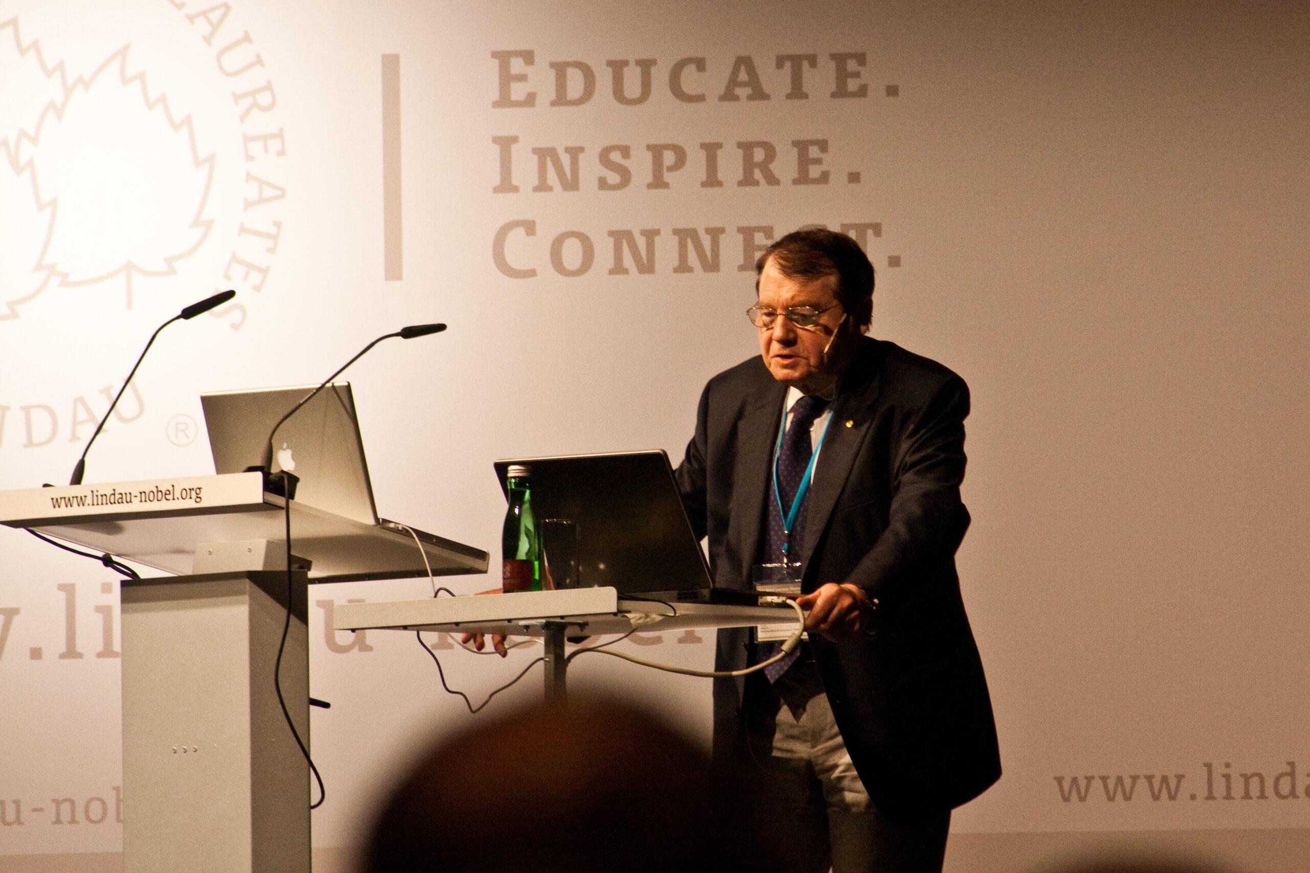 Dr. Luc Montagnier
